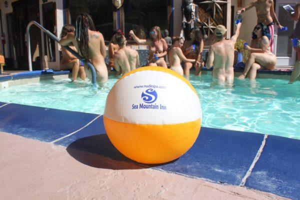 Having a ball @ SMI